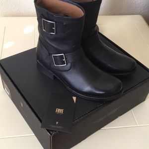 Frye Vicky Engineer Bootie (Size 7.5) NWT